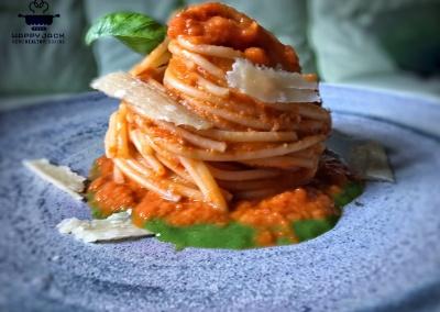 spaghetti-alla-pomarola-happy-jack-chef